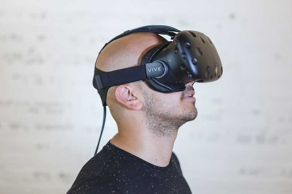 Virtual Reality Therapy May Reduce Symptoms of PTSD in Veterans